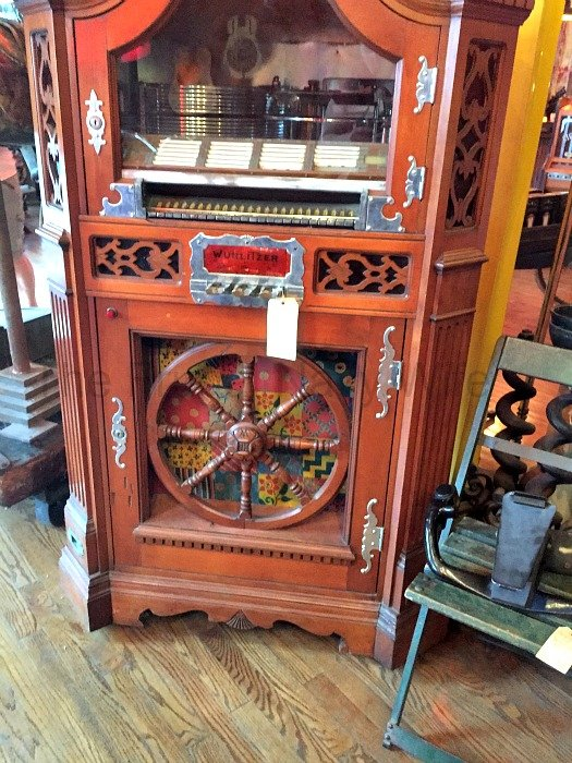 Antique Archaeology and Surrounding Shops – Nashville, Tennessee Juke Box