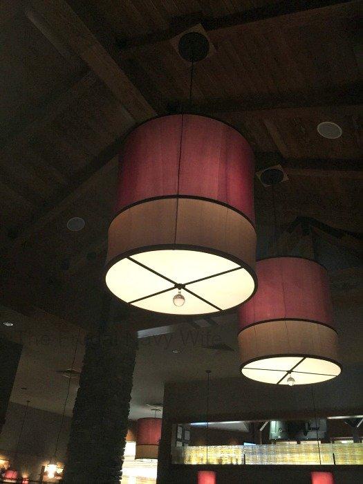 Claim Jumper Restaurant – Nashville, Tennessee Lights