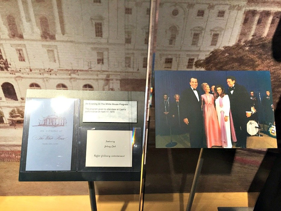 Johnny Cash Museum – Nashville, Tennessee White House