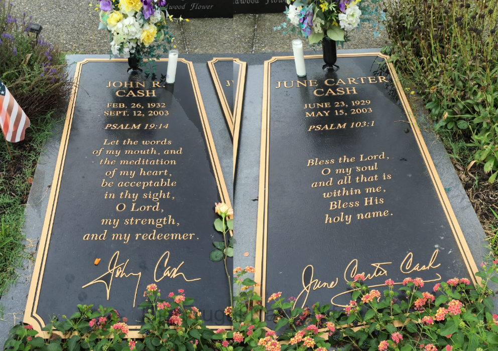 Johnny Cash and June Carter Cash Grave and Home – Hendersonville, Tennessee Graves