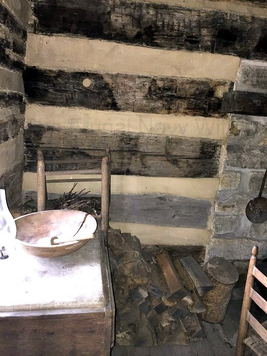 The Carter House – Franklin Tennessee Slave quarter 1