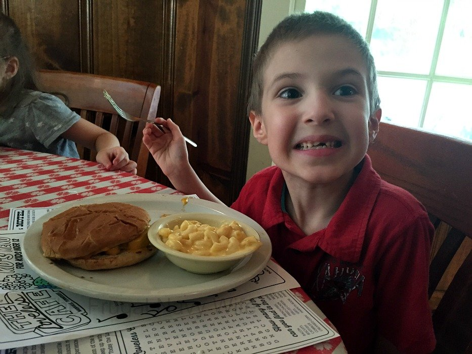The Loveless Café – Nashville, Tennessee Kid Food