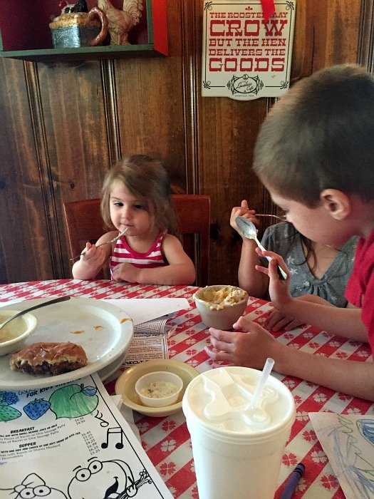 The Loveless Café – Nashville, Tennessee Kids Dessert