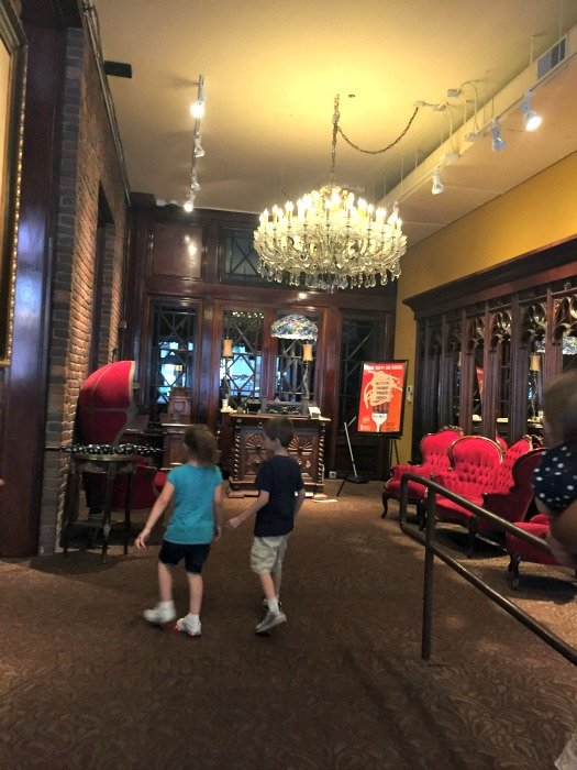 The Old Spaghetti Factory – Nashville, Tennessee Entry