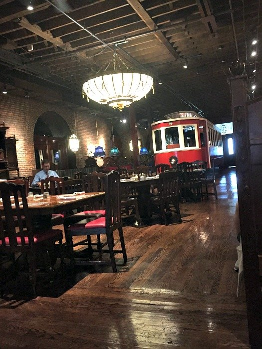 Old Spaghetti Factory Menu and Prices. Want to eat at Old Spaghetti Factory right now? Restaurantfoodmenu is an online guidance for Old Spaghetti Factory menu, providing prices information of Old Spaghetti Factory breakfast, specials, kids, value menu.