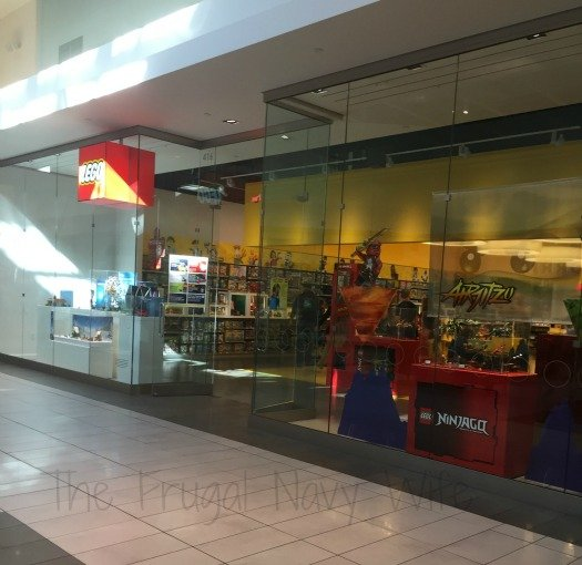 Lego Store – Nashville, Tennessee Store Front