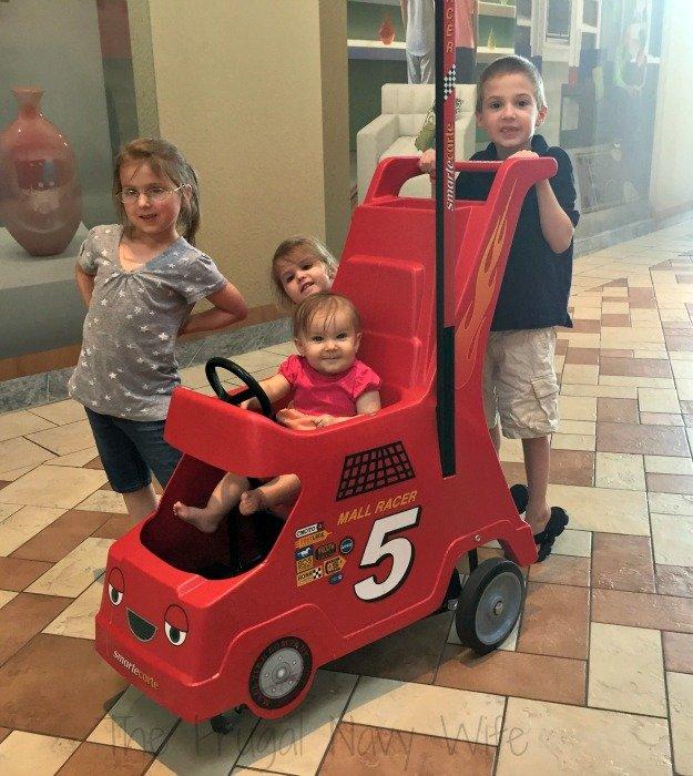 Opry Mills Mall – Nashville, Tennessee Stroller