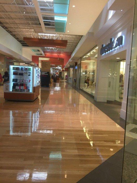 Opry Mills Mall – Nashville, Tennessee Walkway