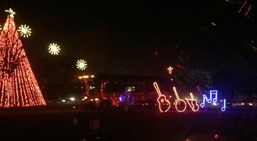 Yogi Bear RV Resort Christmas Light Show – Nashville, Tennessee Guitar