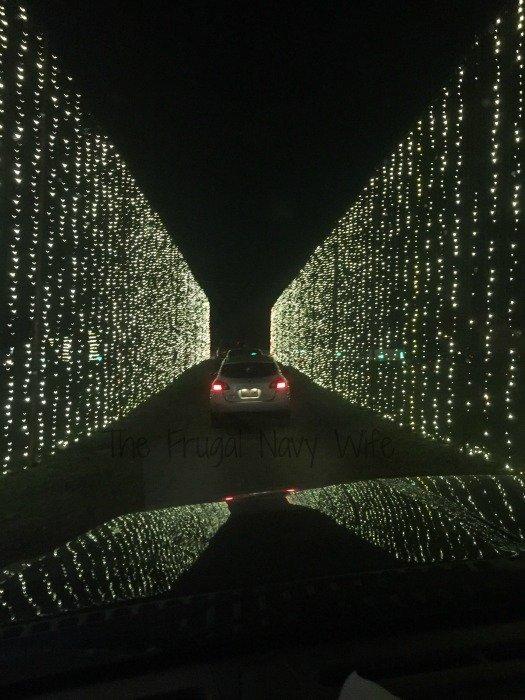 Yogi Bear RV Resort Christmas Light Show – Nashville, Tennessee Iicle Tunnel