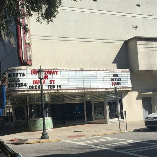 Touring Historic Downtown Savannah Georgia and Lunch at the Pirate House Movie Theater