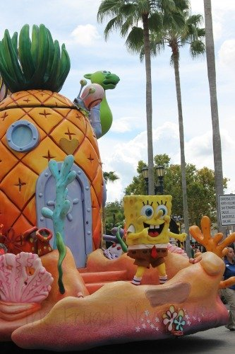 Make the Most of Your Family Trip to Universal Studios Theme Park PArade
