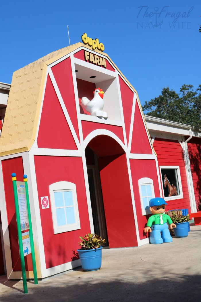 Heading to the Legoland resort? These tips will make your trip smoother like the best time to visit certain areas and where to head with small kids!
