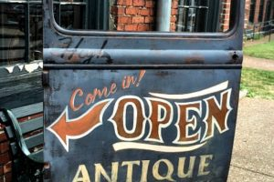 Antique Archaeology Nashville Tennessee & Surrounding Shops