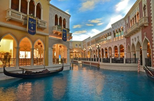 Blue Water at the Venitian