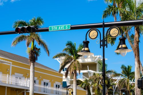 Scenic fifth avenue cityscape in the popular downtown district in Naples, Florida.