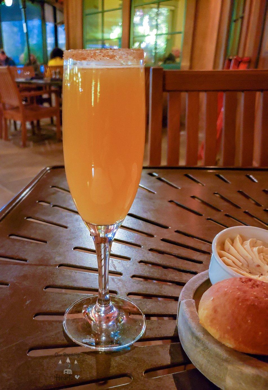Biltmore House Tour + Biltmore Estate Apple Cider Mimosa