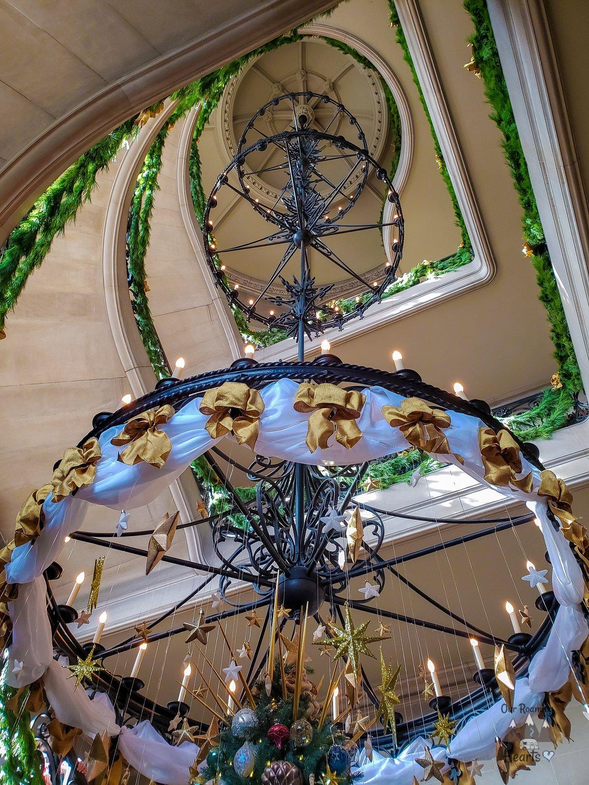 Bilmore Estate at Christmas Grand Staircase