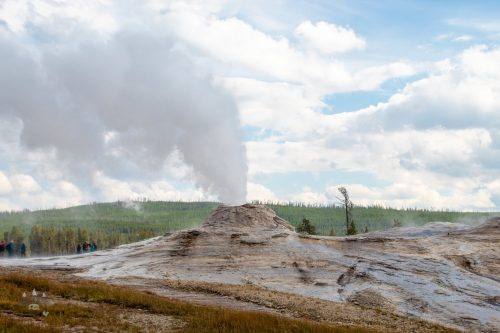 Yellowstone Scenic Loop - Behive Geyser - Grand Loop - Madison Junction to Old Faithful